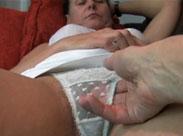 Behaarte Grossmutter beim privaten Casting