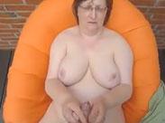 Nackte Granny wichst meinen Schwanz