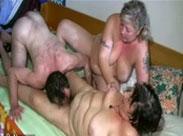 Gruppensex Orgie mit geilen Omas