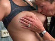 Lesbische Omas suchen Frischfleisch