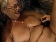 Scharfe Gilf will penetriert werden