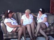 3 fette alte Krankenschwestern