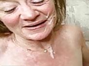 Omaporno mit Gesichtsbesamung