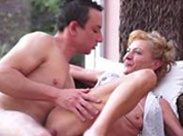 Amateur Oma hat heißen Sex