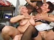 Omas feiern geile Sexorgie