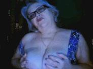 Russische Oma macht Webcamsex
