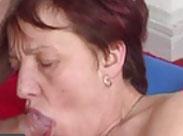 Omas Mundfotze ist gross und saftig