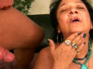 Omi will sein Sperma schmecken