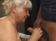 Oma ist schrecklich geil