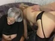 Oma möchte auch mitficken