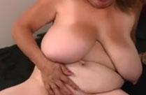 Omas Titten sind gross und saftig