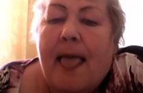 Oma in ihrem ersten Webcamsex Porno