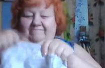 Oma zeigt euch ihren neuen BH