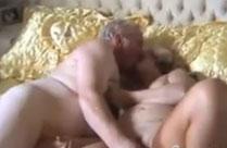 Oma und opa haben sex