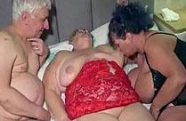 Opa fickt zwei bisexuelle Omas